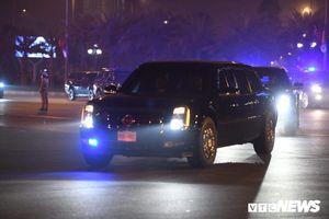 Hai chiếc Cadillac 'The Beast' đã đến Nội Bài sẵn sàng đón Tổng thống Trump