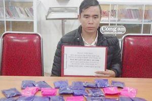 Bắt giữ đối tượng mua bán trái phép 4.800 viên ma túy tổng hợp