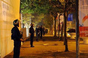 Cảnh sát chốt trực 24/24h bảo an Hội nghị Thượng đỉnh Triều - Mỹ