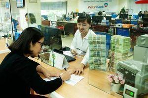 'Nóng' chuyện tăng vốn của ngân hàng lớn