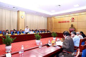 Lãnh đạo tỉnh làm việc với Tổ tư vấn phát triển kinh tế - xã hội