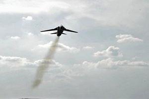Một máy bay quân sự của Cuba đã phát nổ trên không trung