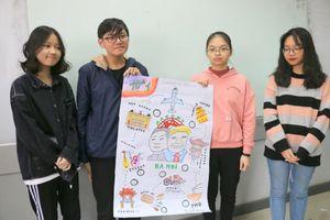 Học sinh Hà thành làm poster tiếng Anh, hiến kế cho ông Trump và ông Kim khám phá Hà Nội