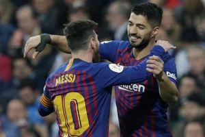Luis Suarez: 'Messi chủ động nhường tôi sút phạt đền'