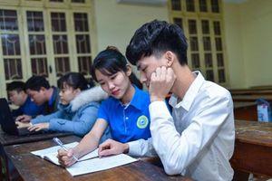 Trường đại học chi tiền tỉ làm học bổng khuyến khích thí sinh