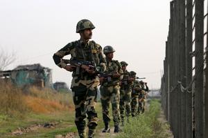 Quốc tế quan ngại trước xung đột Ấn Độ - Pakistan, kêu gọi hai bên kiềm chế