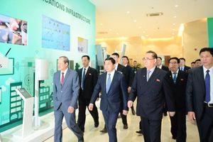 Thứ trưởng Bộ Quốc phòng tiếp phái đoàn cấp cao của Triều Tiên tại Viettel