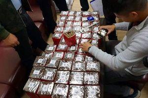 Hà Nội: Tạm giữ 10 nghìn điếu xì gà vận chuyển qua đường hàng không