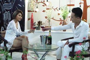Buổi hẹn hò của 9X và nữ doanh nhân hơn 7 tuổi trên truyền hình