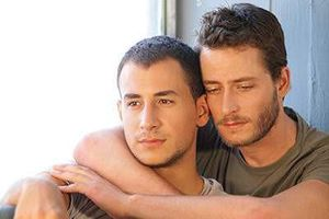 'Gay' khác người thường ở chỗ nào, liệu có thể chữa không?