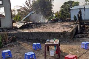 Hỏa hoạn thiêu rụi 3 căn nhà, một người tử vong