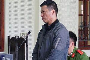 Nghệ An: Phạt 18 năm tù nguyên cán bộ Trung tâm PTQĐ TP Vinh lừa đảo