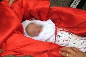 Thai nhi chết trong bụng mẹ trước khi chào đời, gia đình 'bắt đền' bác sĩ