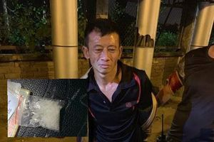 Hà Nội: Đối tượng đi xe gian, tàng trữ ma túy bị cảnh sát bắt giữ