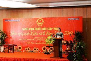 Chủ tịch Quốc hội gặp mặt các nữ Đại sứ, nữ Trưởng cơ quan đại diện ngoại giao và các tổ chức quốc tế