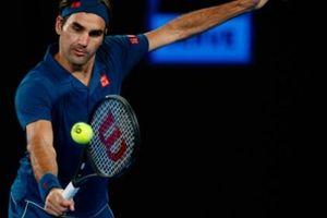 Tiêu diệt nhanh Coric, Federer hẹn Tsitsipas ở chung kết Dubai Championships