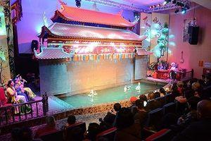 Nhà hát Nghệ thuật truyền thống Hạ Long: Trải nghiệm văn hóa Việt trong lòng di sản
