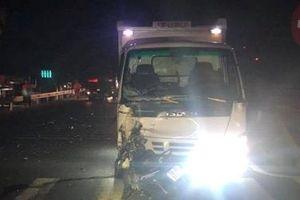 Nam thanh niên chạy xe ngược chiều bị xe tải tông tử vong