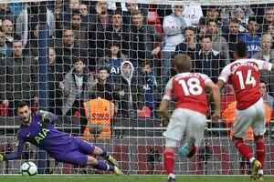 Aubameyang đá hỏng phạt đền phút 90, Arsenal hòa cay đắng Tottenham