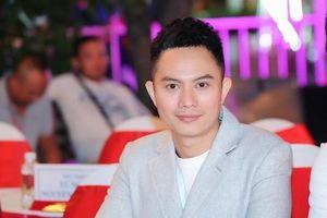 Ngô Nhật Huy: 'Khi phụ nữ Việt không mặc áo dài, lửa nghề trong tôi mới hết'