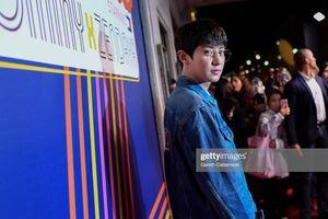 Giang Sơ Ảnh tươi tắn bên Chanyeol (EXO), Sandara Park trẻ hóa 'chất lừ' tựa gái đôi mươi