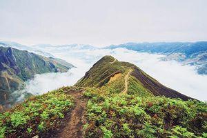 Đi trong mây, sương mù Tây Bắc