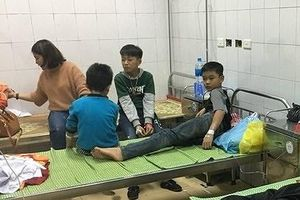 Công an Hải Dương thông tin ban đầu về sự cố hơn 40 em học sinh bị ngộ độc