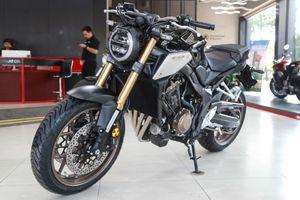 Honda CB650R cập bến đại lý, giá 246 triệu đồng