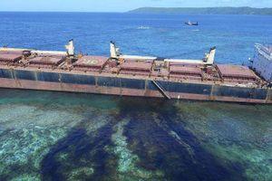 80 tấn dầu rò rỉ sát khu vực biển Di sản thế giới