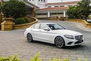 Chuỗi sự kiện ra mắt xe Mercedes Benz C-Class 2019