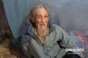 Thự khư chuyện cụ ông 70 năm không tắm gội, cắt tóc khiến cộng đồng mạng sững sờ