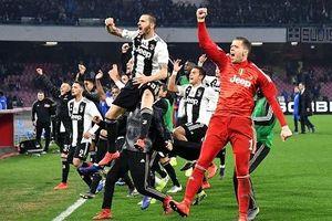 Nén đau thi đấu, Ronaldo giúp Juventus hạ Napoli