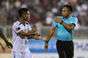 Trọng tài không thổi 2 quả phạt đền cho HAGL trước CLB Sài Gòn