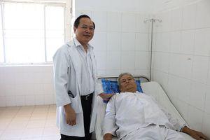 Cứu sống bệnh nhân nguy kịch do hoại tử đại tràng