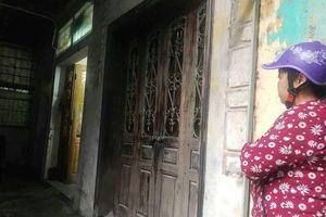 Vụ thầy bói chém nhà hàng xóm ở Nam Định: Nhà nghi phạm dán bùa chú?