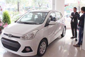 Ô tô cỡ nhỏ, giá rẻ tiếp tục khuynh đảo thị trường