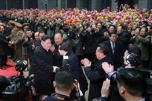 Người dân Triều Tiên mừng rỡ đón ông Kim Jong-un trở về