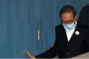 Hôm nay (6/3), cựu Tổng thống Hàn Quốc Lee Myung-bak được tại ngoại