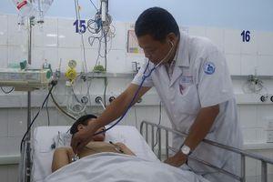Ngỡ cảm sốt thông thường, bé trai 15 tuổi nguy kịch vì suy tim