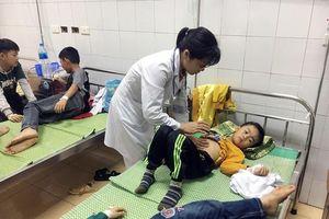 Sức khỏe 46 học sinh ăn phải bột thông bồn cầu đã ổn định, xuất viện