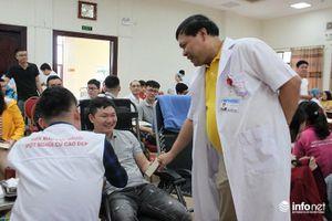 Ngày hội hiến máu tình nguyện, thu được 800 đơn vị máu cứu bệnh nhân