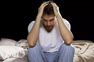 Thức dậy ban đêm đừng nghĩ là tỉnh giấc, có thể báo hiệu những mối nguy hiểm này
