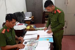 Triệt phá nhóm tín dụng đen lãi suất 'cắt cổ' 936% một năm ở Đắk Nông