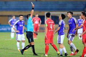Văn Quyết nhận thẻ đỏ, Hà Nội FC vẫn thắng Viettel trong trận derby thủ đô