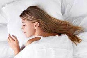 Ngủ sâu giấc giúp não thải các chất độc ra ngoài