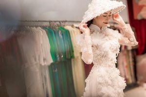 Tiết lộ loạt áo dài đẹp lung linh mà Tuyết Nga mang đi dự thi nhan sắc