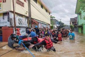 Lũ lụt nghiêm trọng tại Indonesia, hàng trăm người phải sơ tán