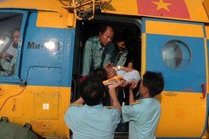 Bệnh viện Quân y 175 đón nhận, cấp cứu bệnh nhân từ quần đảo Trường Sa