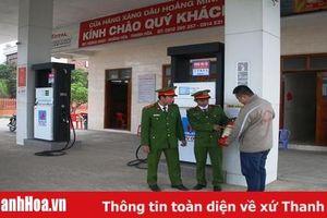 Kiểm tra an toàn cháy nổ tại các cây xăng huyện Hoằng Hóa