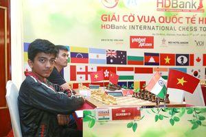 Đại kiện tướng trẻ thứ 2 thế giới dẫn đầu giải cờ vua HDBank